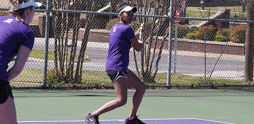 Women's Tennis Team Falls To John Brown