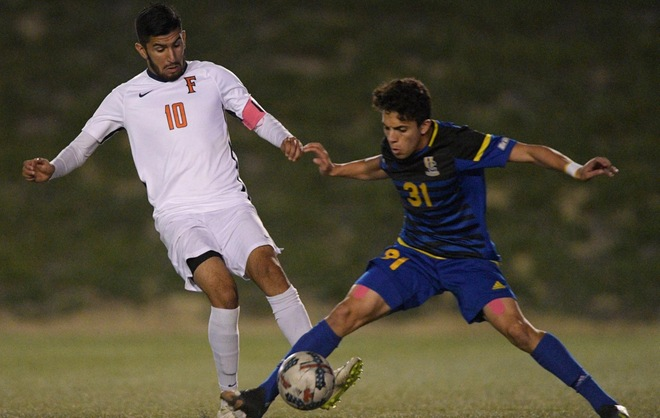 Men's Soccer Falls to UC Riverside 3-2 in Overtime