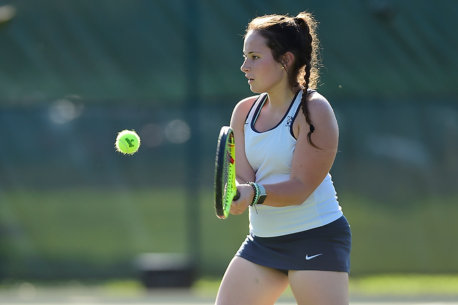 Women's Tennis Falls in Season Finale