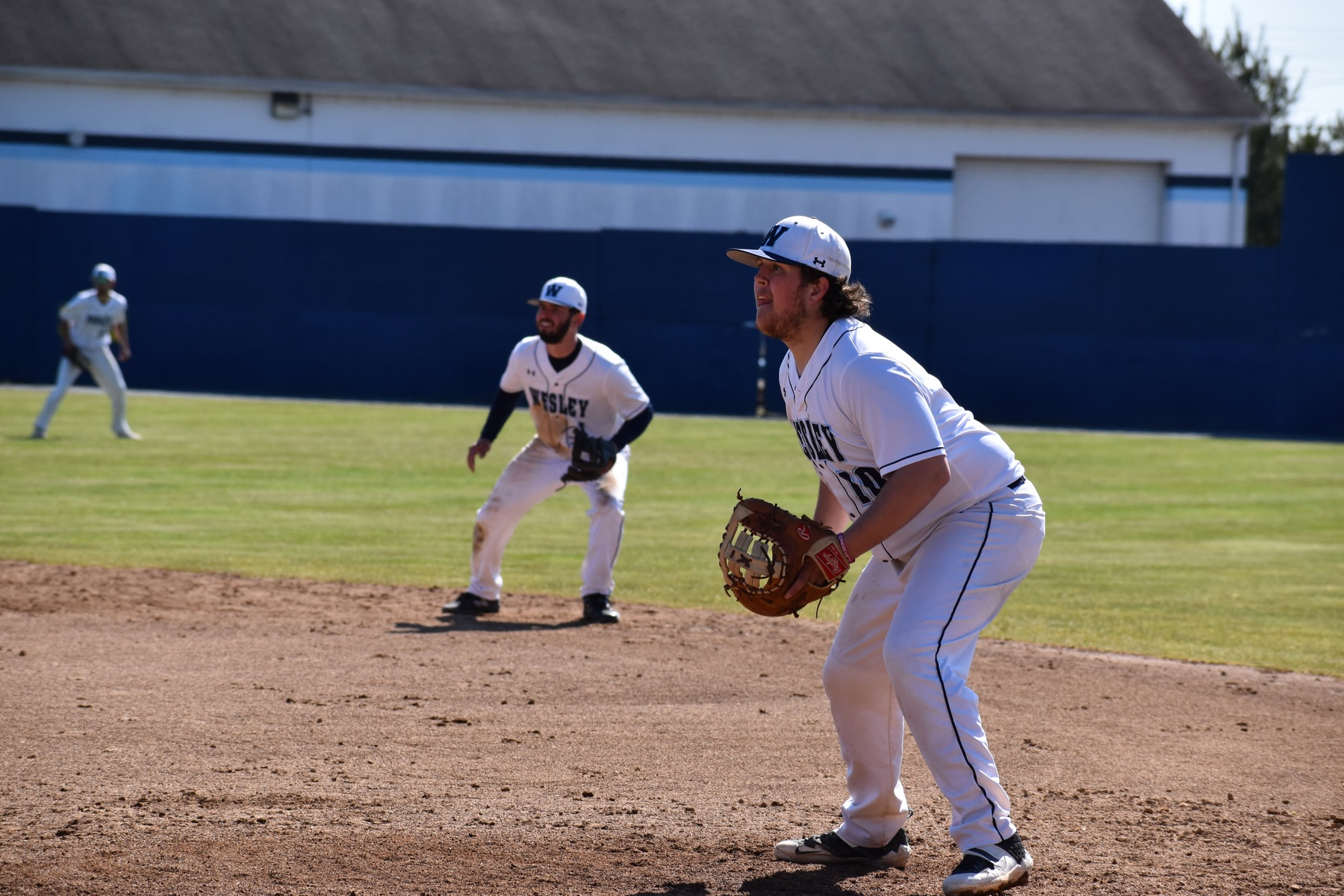 Wesley Baseball Drops Two to Manhattanville