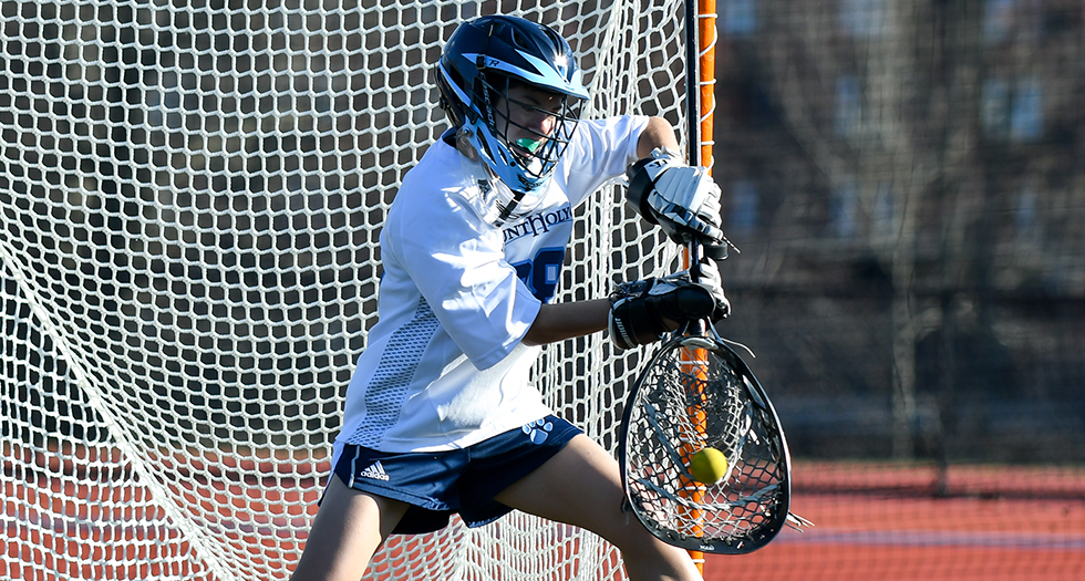 Lacrosse Falls to Smith in Regular Season Finale