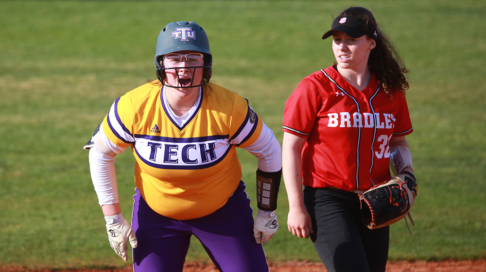 Golden Eagle softball opens up OVC play at EKU, Morehead