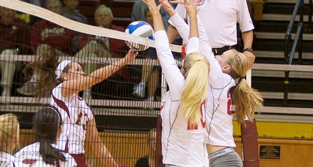 Lynchburg Volleyball Defeats Bridgewater 3-1