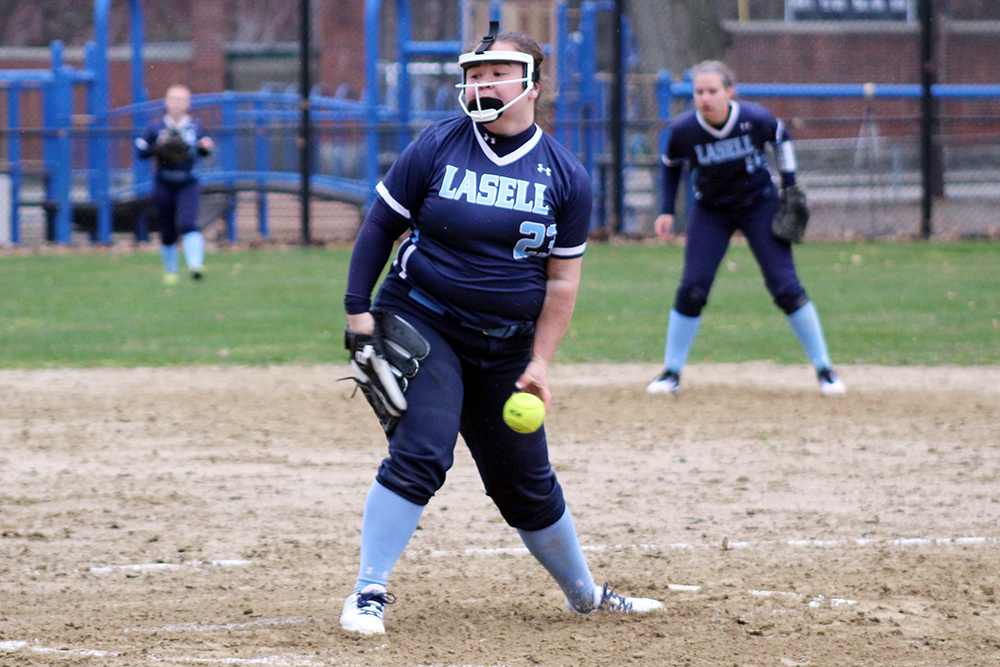 SB: Lasell splits two games Wednesday on Florida trip