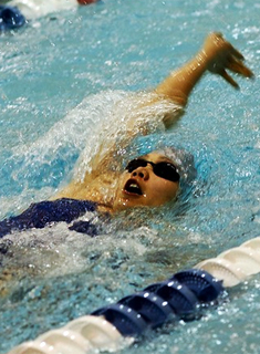 Wellesley Swimming and Diving Dominates Mt. Holyoke Invitational