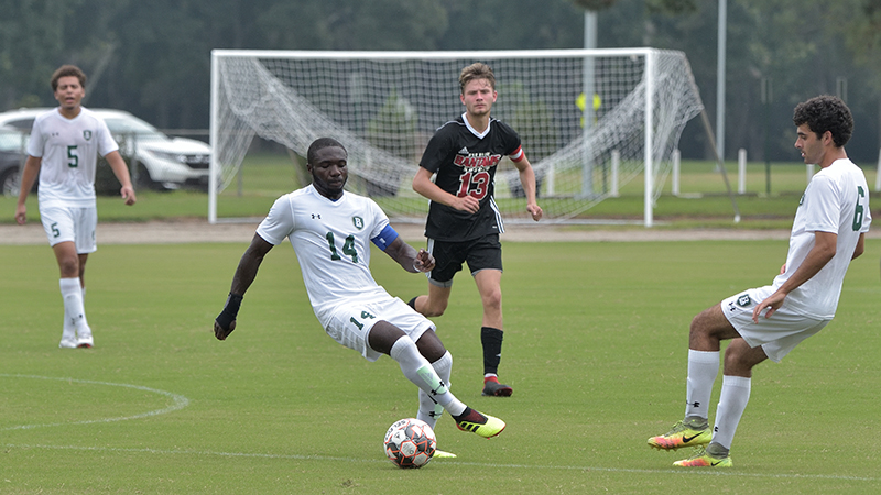 Men's Soccer Upends USC Lancaster