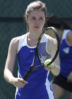 Wellesley Tennis Tops Wheaton