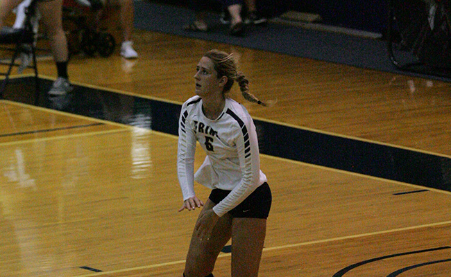Volleyball Splits in First Day of MIAA Preview
