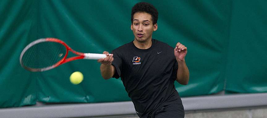 Brewer Earns Only Point for Men's Tennis Against #14 Whitman