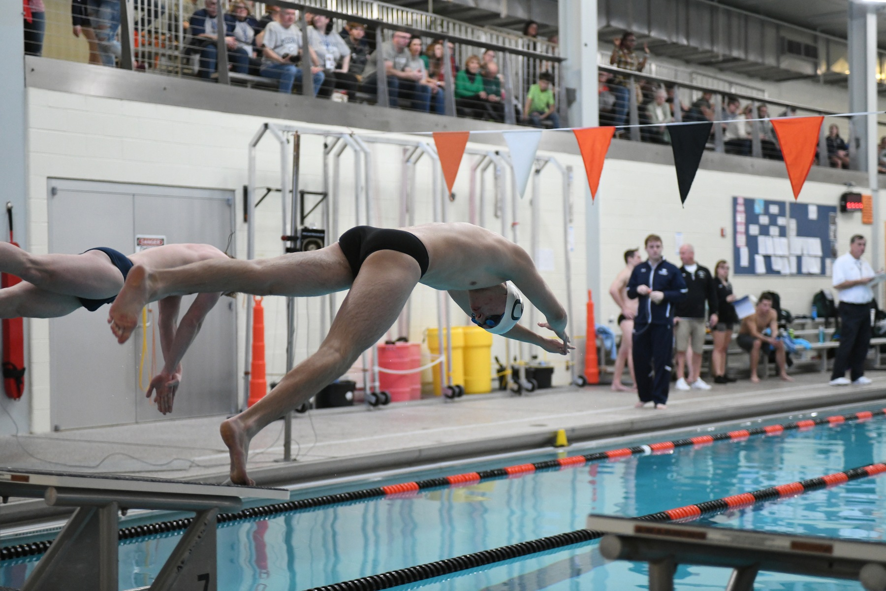 Men's Swimming Drops Dual Meet to Widener