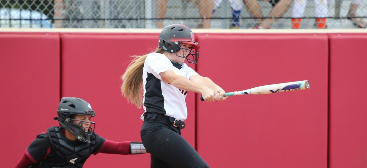 Spartans Upset No. 4 Lions in Extra Innings
