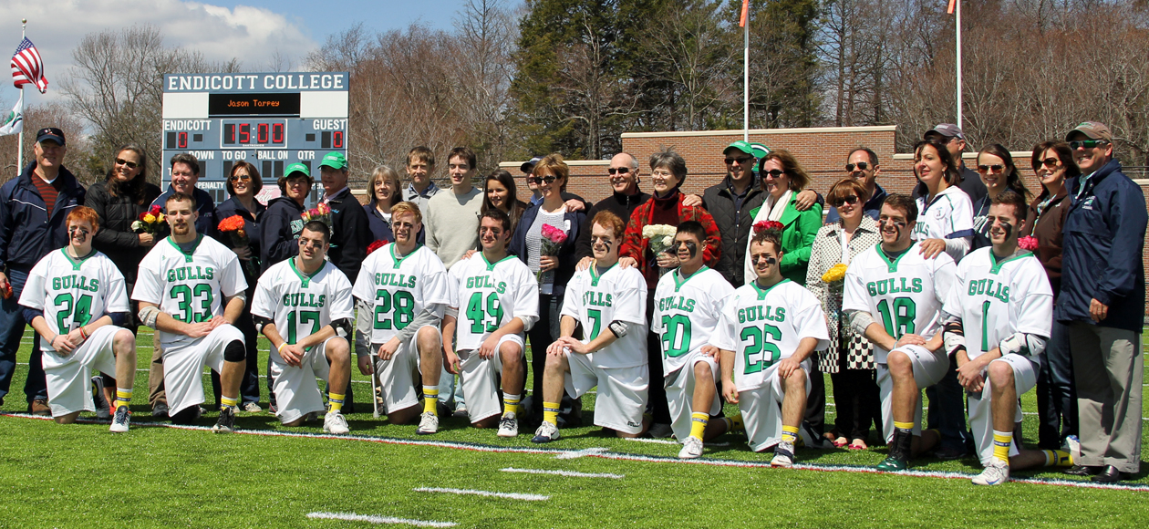 Endicott Wins on Senior Day; Gulls Over Bowdoin 18-10