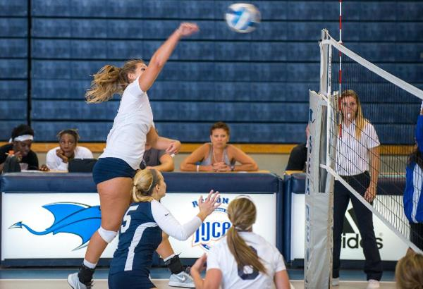 Sea Devils Sweep Pitt