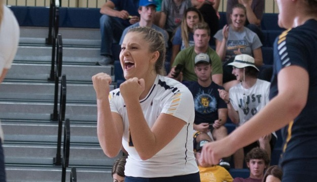 Volleyball soars past Western New England & Vassar