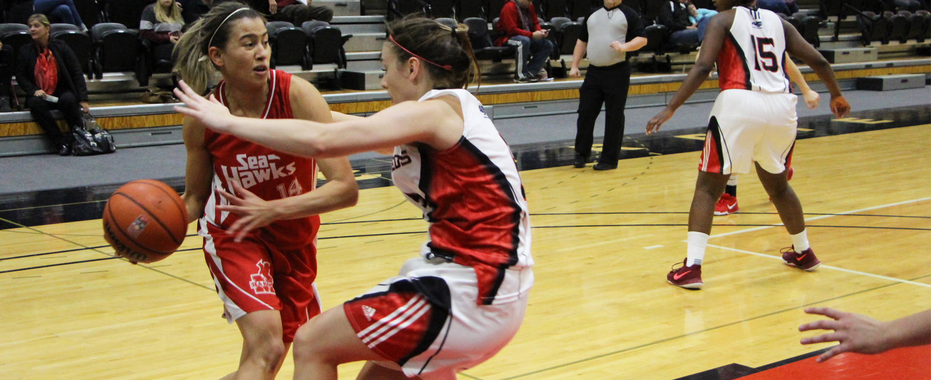 Sea-Hawks Move into 2nd Place in AUS