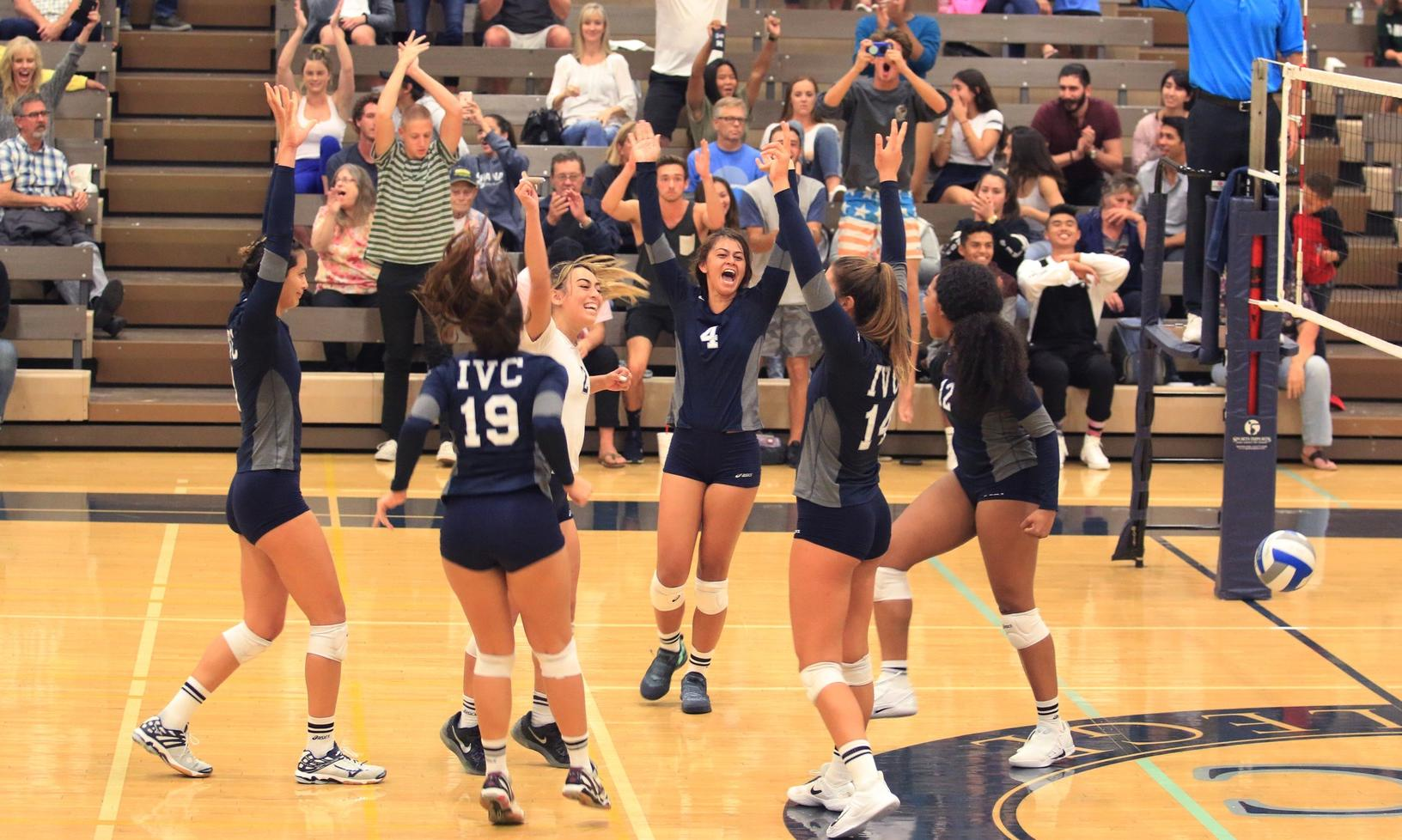 Women's volleyball opens 2018 season at home Wednesday