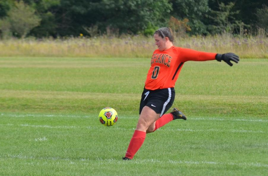 Women's Soccer Hosts Muskingum to Celebrate 25th Anniversary Team
