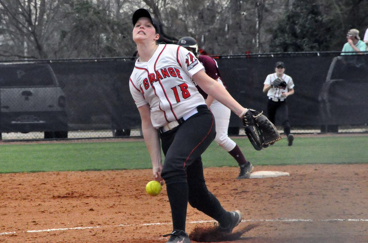 Softball: Panthers sweep Mary Baldwin 10-2 and 12-1 in USA South doubleheader Monday