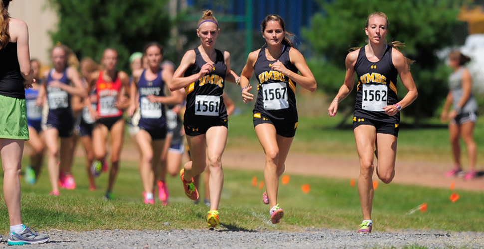 Cologer Paces Retrievers; Women Finish 17th at Regionals