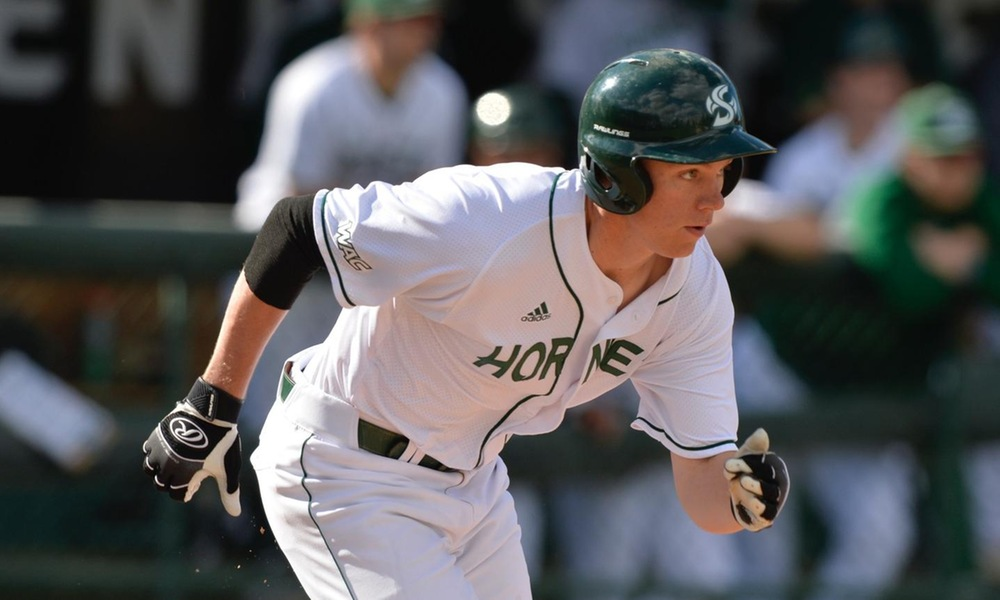 BASEBALL OFFENSE COMES ALIVE FRIDAY IN 7-3 WIN OVER NEW MEXICO STATE