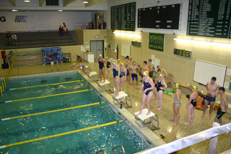 Swimmers take part in Hour of Power