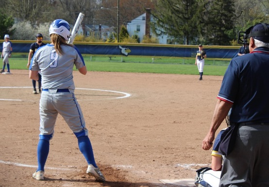 SOFTBALL TOPS SIMMONS 8-3; FALLS TO JWU, 4-0 IN GNAC TOURNEY