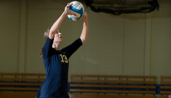 Volleyball Handed 3-0 Loss at Viterbo University