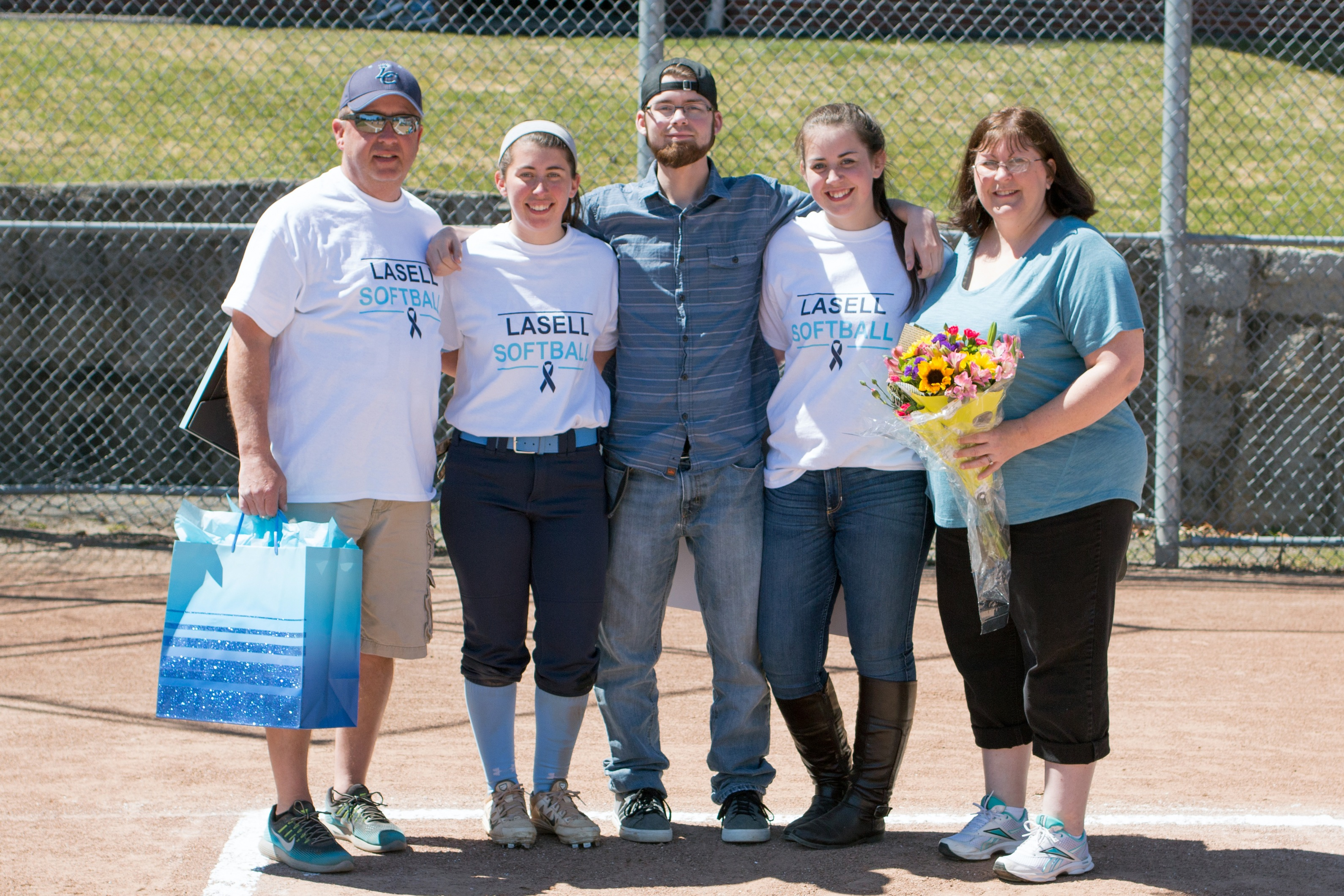 Lasell Softball splits doubleheader against Rivier on Senior Day