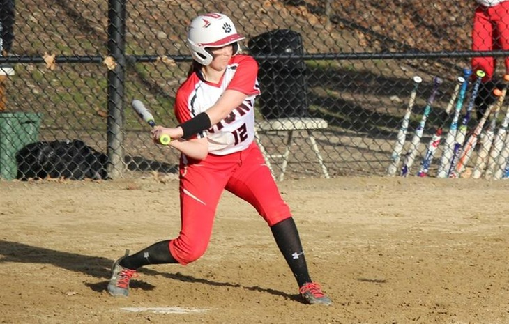 Softball Outlasts Monmouth in Extras, Blanks Bridgewater State