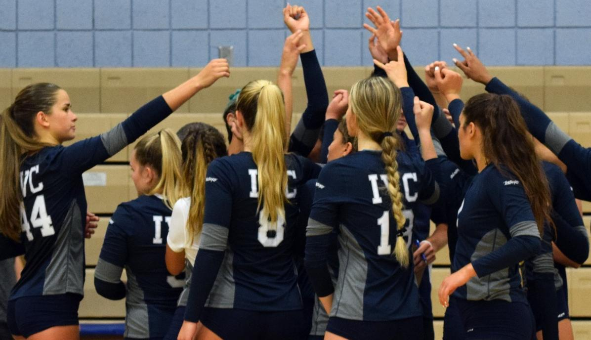 Women's volleyball team sweeps again, cruises by Chaffey