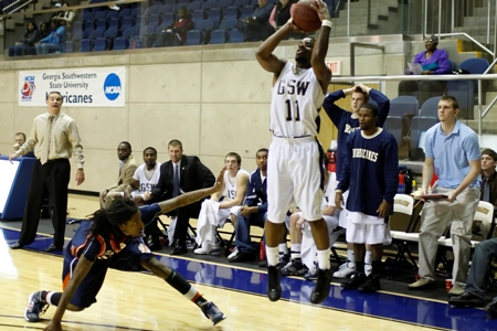 Men's hoops picked ninth in PBC coaches poll