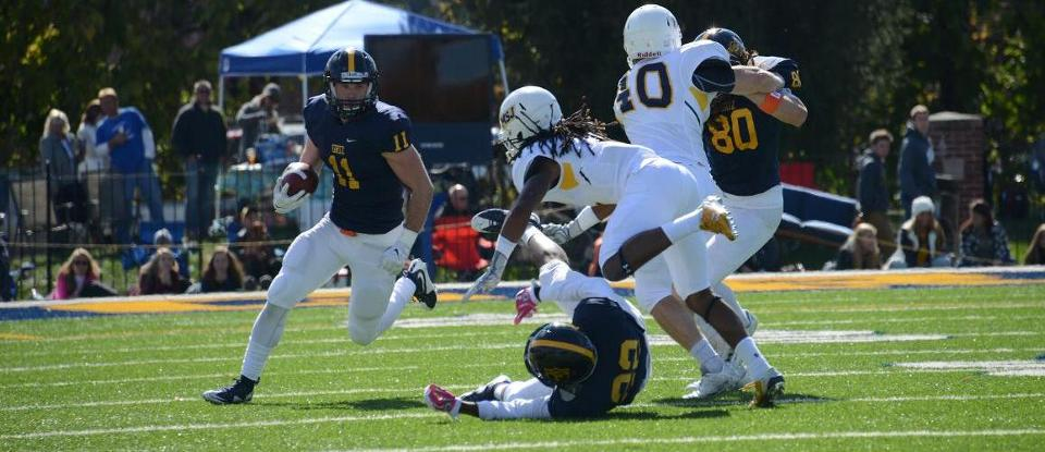 Big Plays Highlight Football Homecoming Win over MSJ