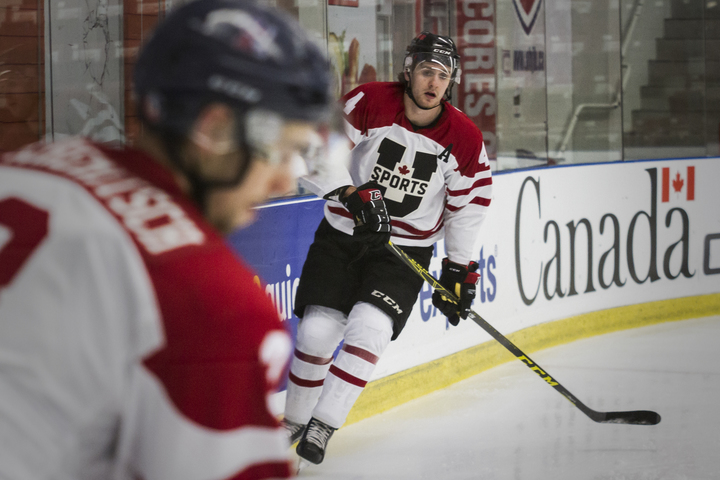 Jordan Murray parlays a taste of pro hockey into career season for UNB Varsity Reds