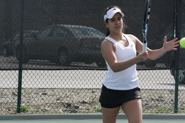Panthers Begin Season with 6-3 Win over Hillsdale