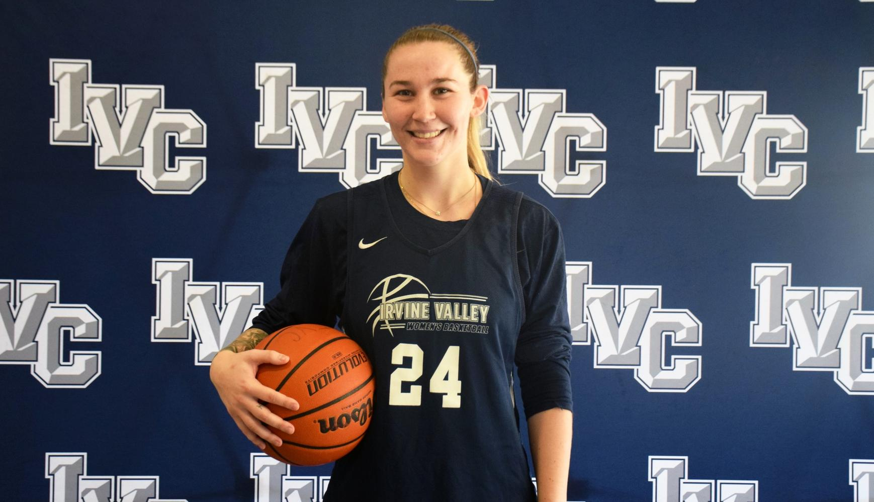 Basketball player Lexi Vail selected as one of best in the state
