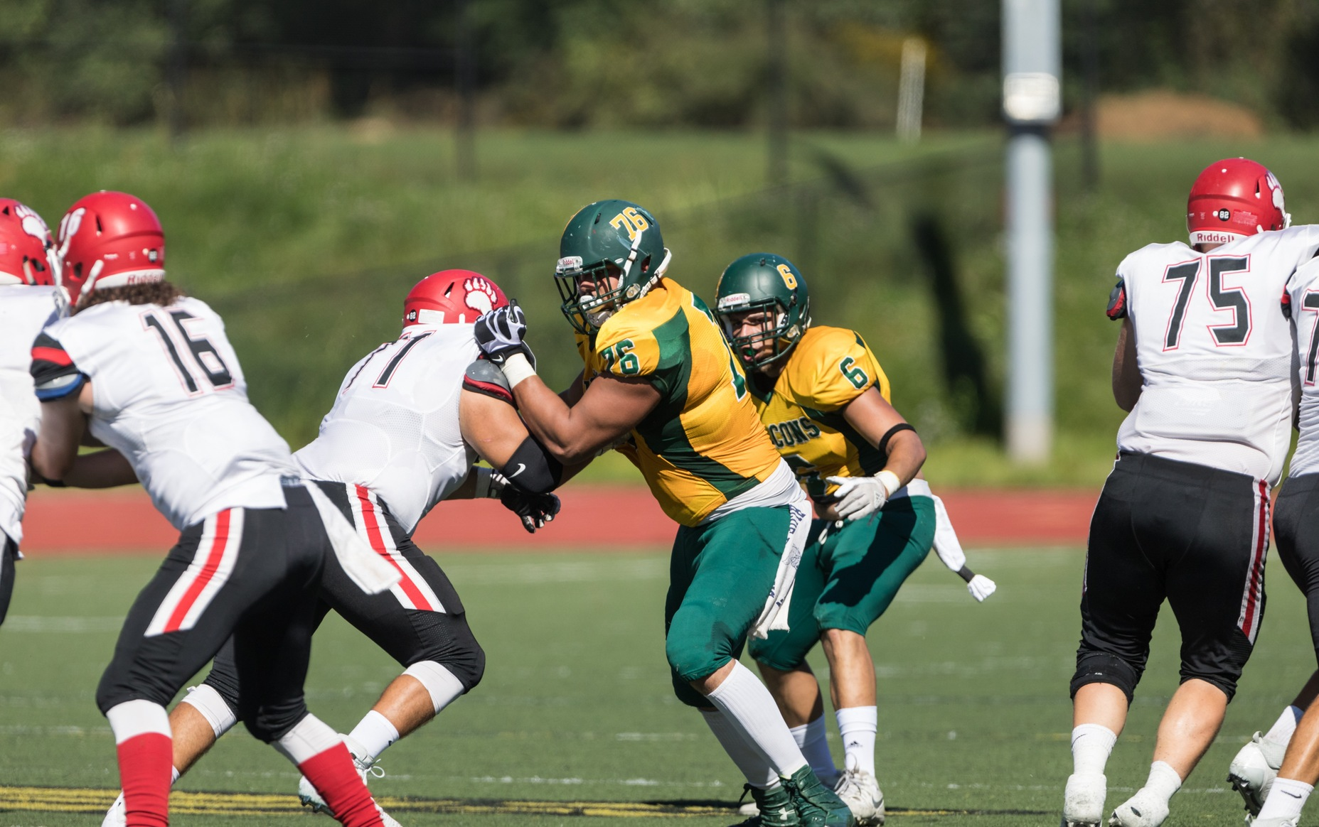 Falcons Fall to Rams in MASCAC action, 32-16
