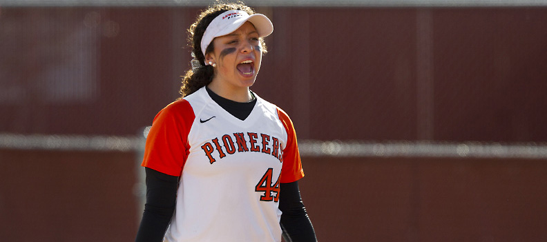 Softball Splits With Northwest Nazarene; Rojo Goes 4-4 in Pioneers Win