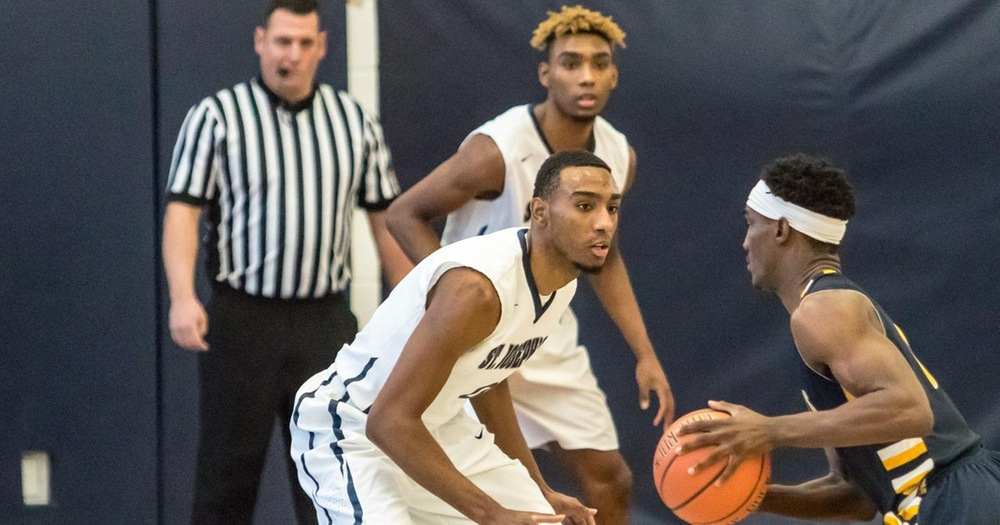 Men's Basketball Snaps Losing Streak in Thriller Over Old Westbury