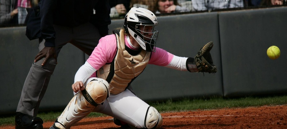 Cobras Use Two Goodman Home Runs to Sweep Tusculum
