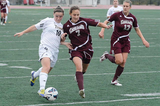 Maroons Edge Titans On Late Goal