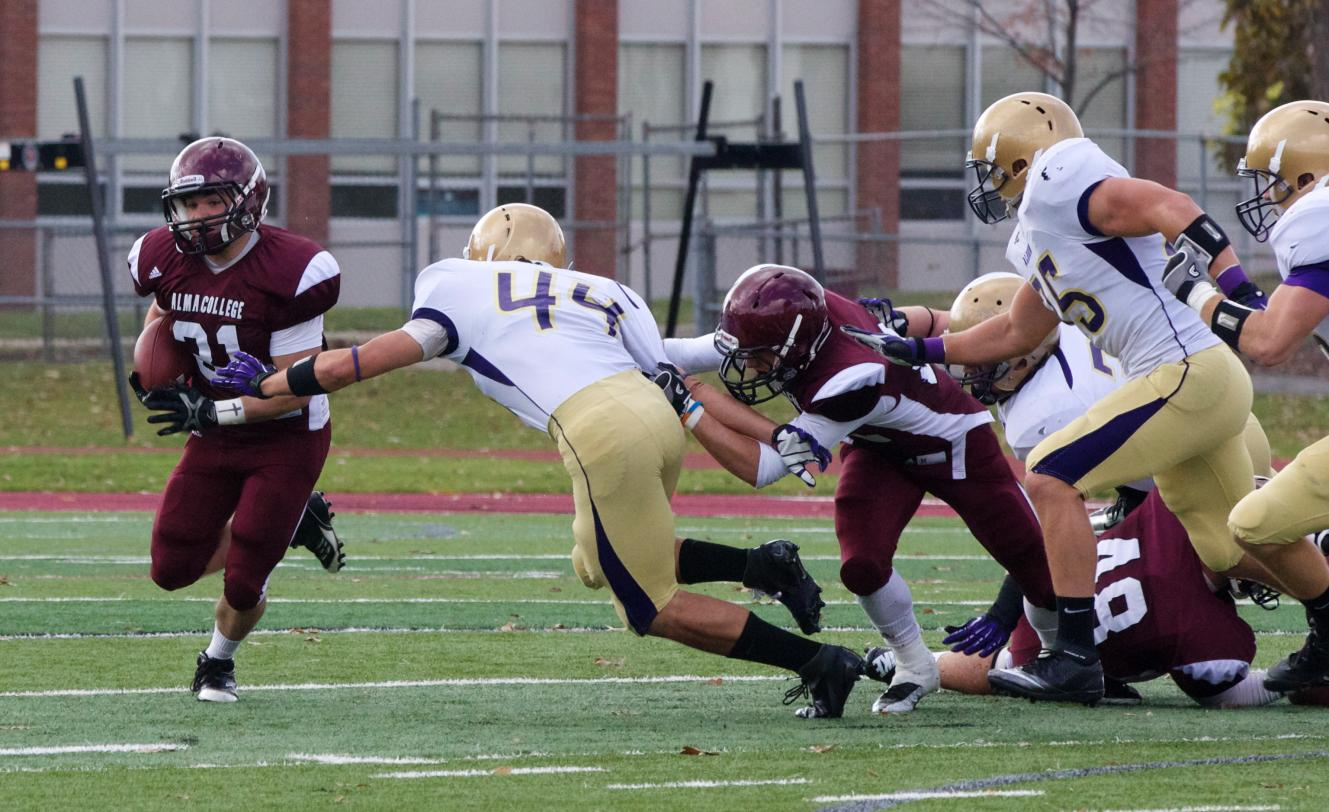 Scots Football loses 24-3 to visiting Albion College on Saturday afternoon