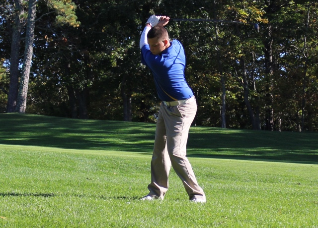Ferraro Leads Lancers to 4th Place Finish at Westfield State Invitational