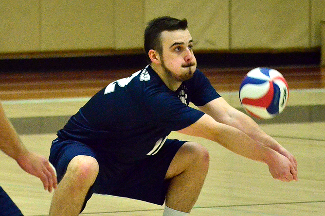 Men's Volleyball Falls Twice at Altoona