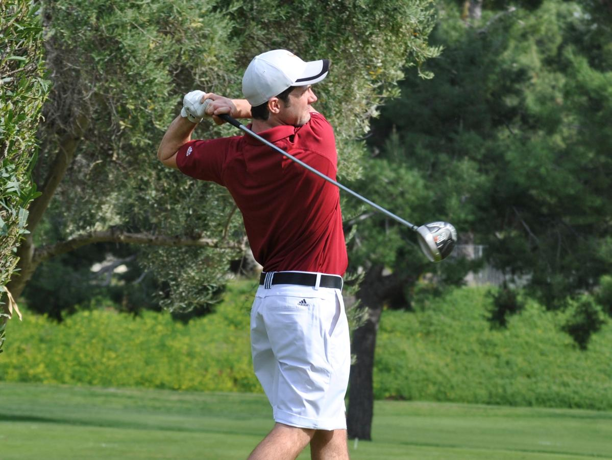 Golf Finishes Second, One Stroke Behind Redlands