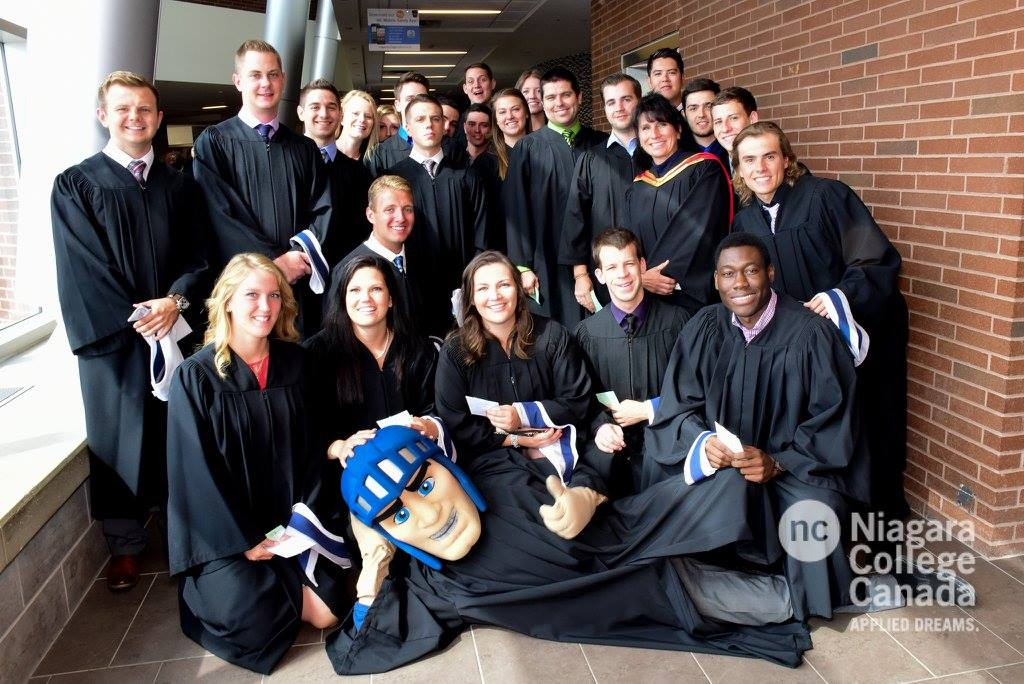 CONGRATULATIONS TO THE 51 NIAGARA KNIGHTS GRADUATING THIS WEEK
