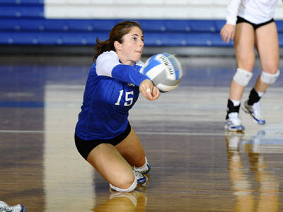 Blue Devil Volleyball Drops St. Francis in Five Sets