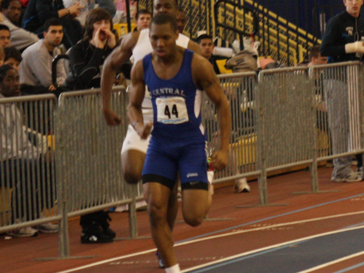 Rashad Williams Wins Shot Put as Blue Devils Compete at UMass, Bucknell