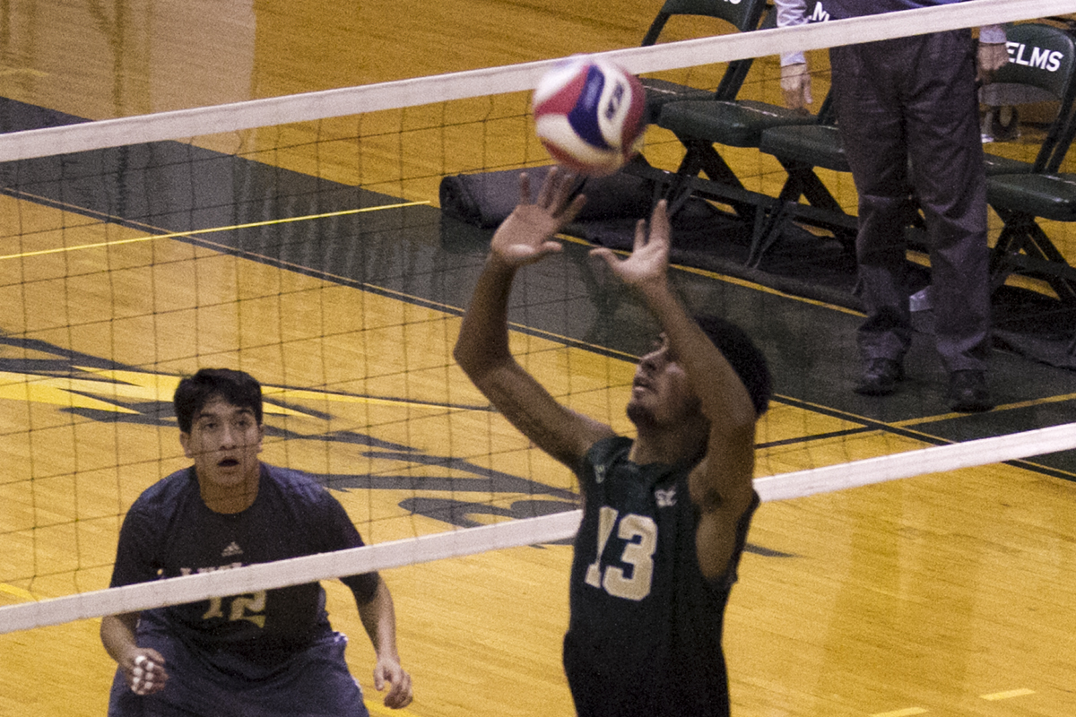 Fourth-Set Comeback Lifts Blazers To Win At No. 10 Vassar