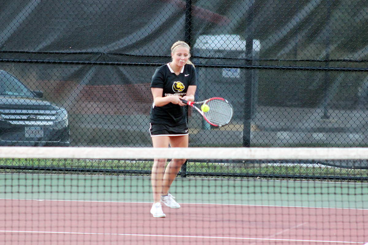 Western New England Outlasts Women's Tennis