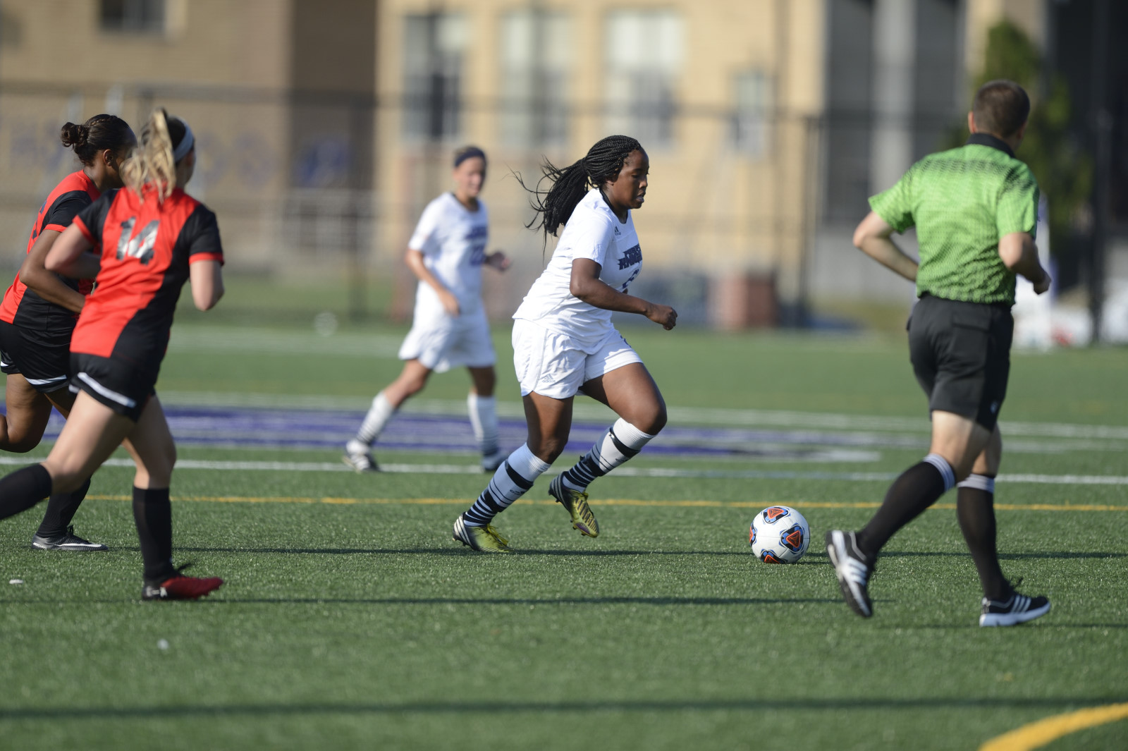 UB Women's Soccer Remains Unbeaten In ECC Play With 3-0 Victory At St. Thomas Aquinas